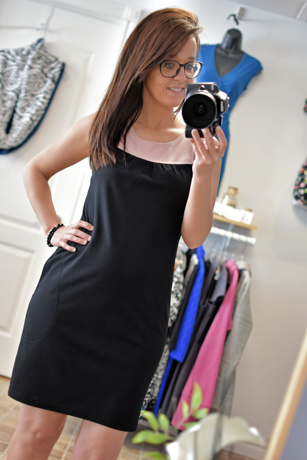 Black and pink dress/tunic with or without pockets.